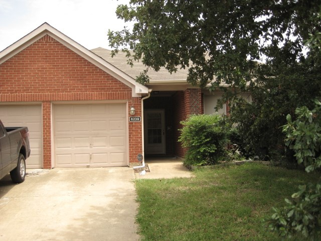 Rental Homes for Rent, ListingId:34084951, location: 6239 St Leonard Drive Arlington 76001