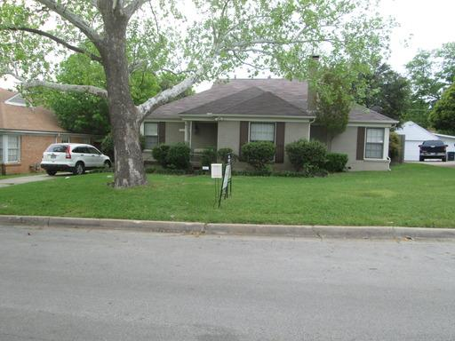 Rental Homes for Rent, ListingId:34094527, location: 3601 Rogers Avenue Ft Worth 76109