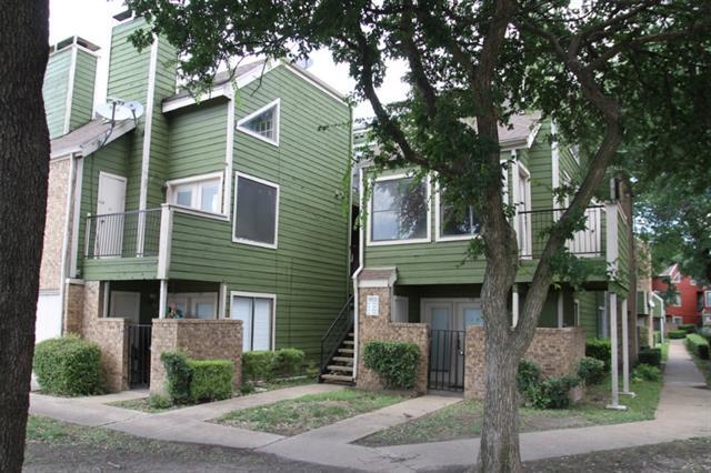 Single Family Home for Sale, ListingId:34161302, location: 9815 Walnut Street Dallas 75243