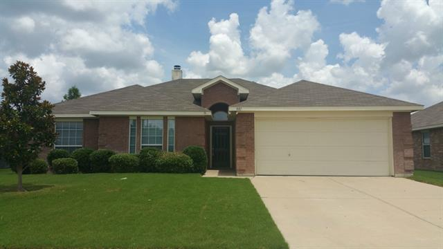 Rental Homes for Rent, ListingId:34141047, location: 801 Meadowbrook Lane Mansfield 76063