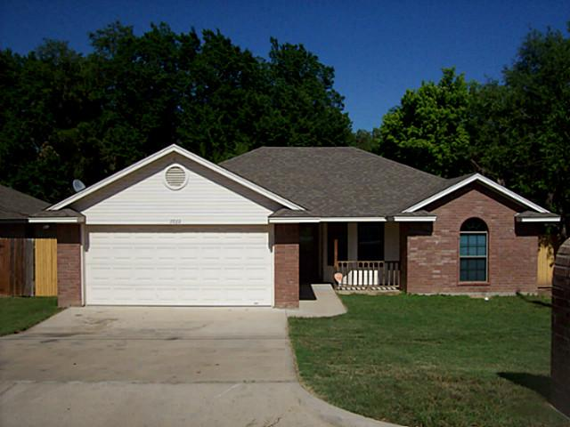 Rental Homes for Rent, ListingId:34140660, location: 1010 Van Winkle Street Weatherford 76086