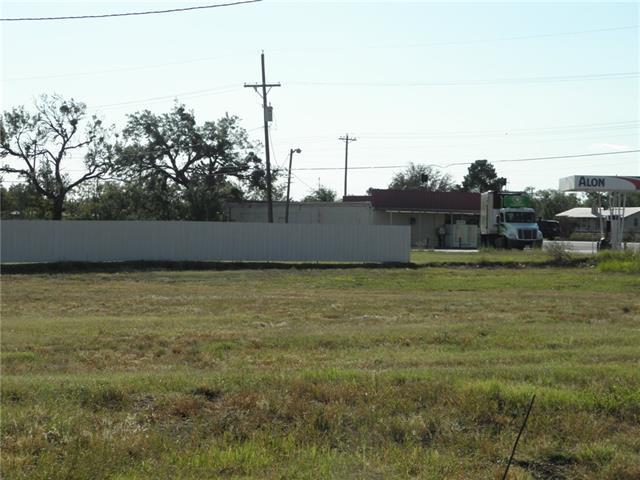 122 S Access Road Tye, TX 79563