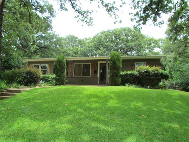 Rental Homes for Rent, ListingId:34140980, location: 1507 Briarwood Boulevard Arlington 76013