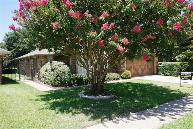 Rental Homes for Rent, ListingId:34151301, location: 2806 Big Oaks Drive Garland 75044