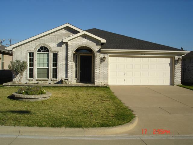 Rental Homes for Rent, ListingId:34161236, location: 2737 Castro Lane Ft Worth 76108