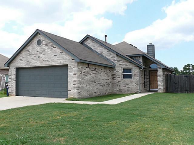 Rental Homes for Rent, ListingId:34161262, location: 2921 Oakshire Street Denton 76209