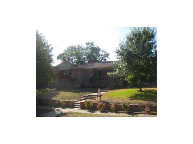 Rental Homes for Rent, ListingId:34162147, location: 9136 Vinewood Drive Dallas 75228