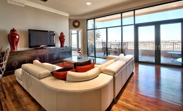 Rental Homes for Rent, ListingId:34162058, location: 2828 Hood Street Dallas 75219