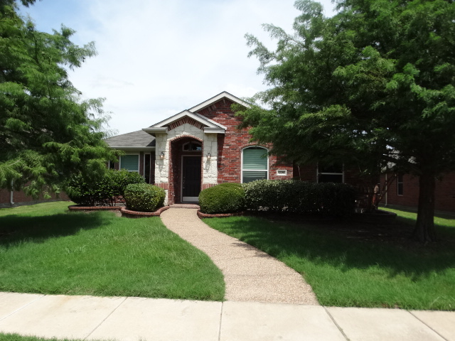 Rental Homes for Rent, ListingId:34162156, location: 12202 Red Hawk Drive Frisco 75033