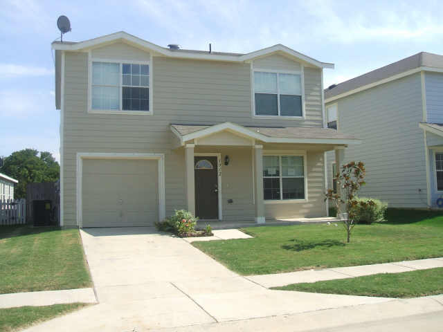 Rental Homes for Rent, ListingId:34183813, location: 1912 Wickham Drive Burleson 76028