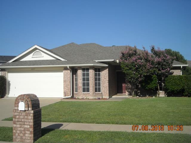 Rental Homes for Rent, ListingId:34183351, location: 6219 Brookhaven Trail Arlington 76001