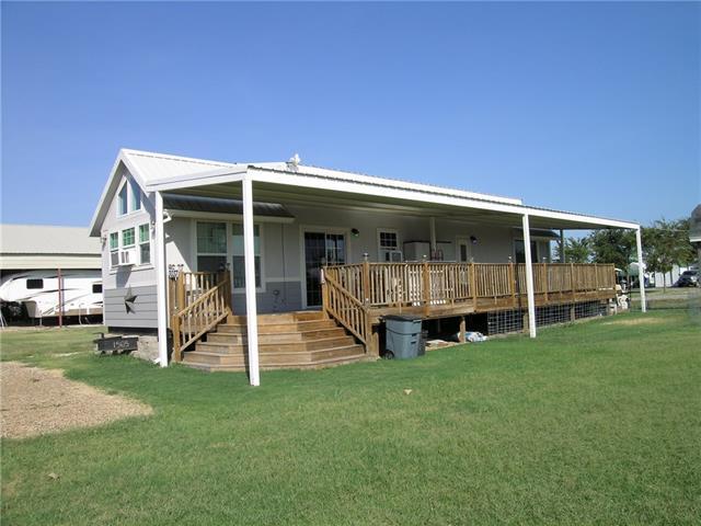 3037 Seagull Rd, Kerens, TX 75144