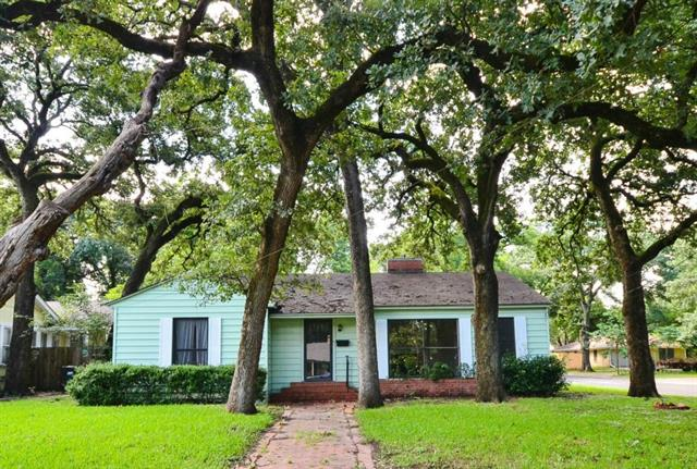 1723 Maplewood Ave, Corsicana, TX 75110