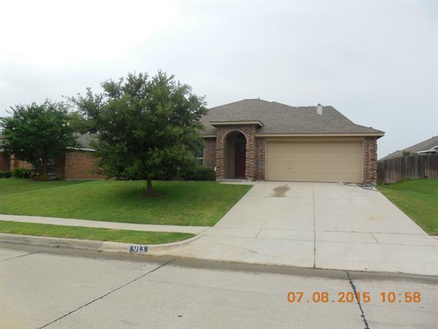 Rental Homes for Rent, ListingId:34285612, location: 913 Sycamore Street Burleson 76028