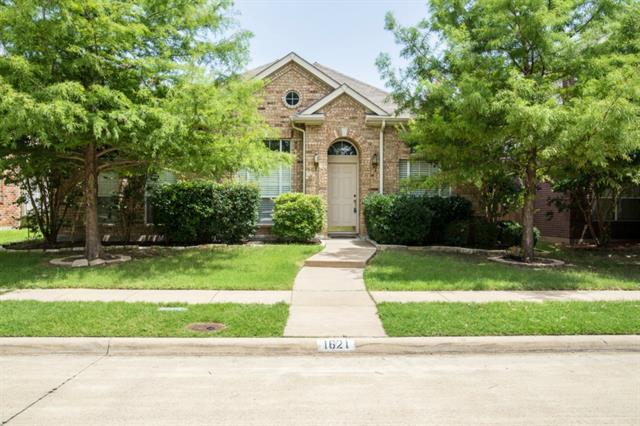 Rental Homes for Rent, ListingId:34254709, location: 1621 Oak Brook Lane Allen 75002