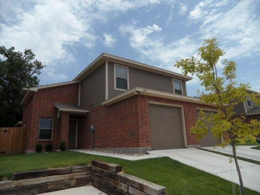 Rental Homes for Rent, ListingId:34286287, location: 3805 Branch Way Benbrook 76116