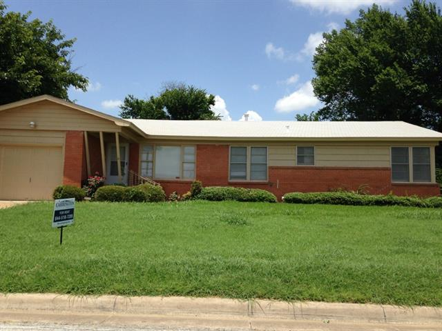 Rental Homes for Rent, ListingId:34286104, location: 4209 Arden Place Ft Worth 76103