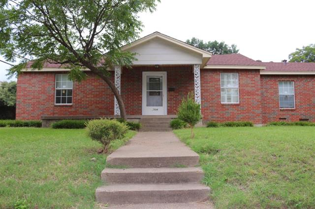 Rental Homes for Rent, ListingId:34330674, location: 2504 Wentworth Street Dallas 75211
