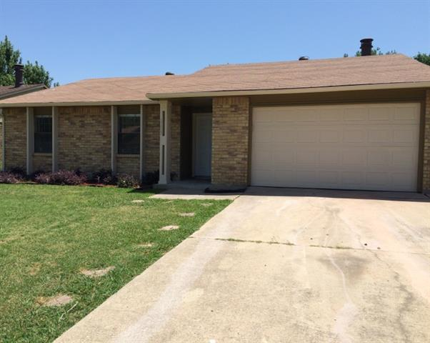 Rental Homes for Rent, ListingId:34465256, location: 1113 Independence Trail Grand Prairie 75052