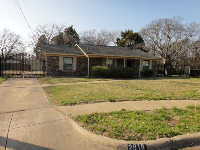 Rental Homes for Rent, ListingId:34285759, location: 2819 Blanton Street Dallas 75227