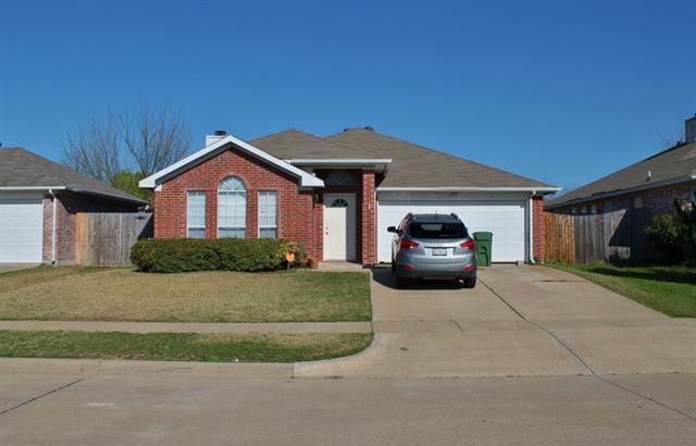 Rental Homes for Rent, ListingId:34308109, location: 7019 Rovato Drive Arlington 76001