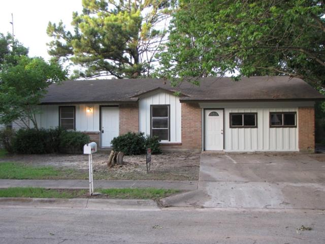 Rental Homes for Rent, ListingId:34355765, location: 2516 Foxcroft Circle Denton 76209
