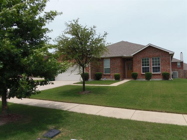 Rental Homes for Rent, ListingId:34448630, location: 1729 Rock Ridge Drive Cedar Hill 75104