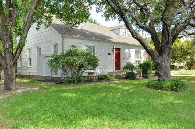 Rental Homes for Rent, ListingId:34427674, location: 3257 Lubbock Avenue Ft Worth 76109