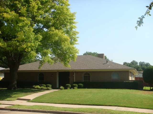 Rental Homes for Rent, ListingId:34448277, location: 3510 Winnetka Drive Garland 75043