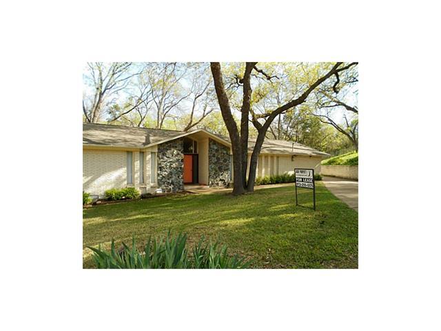 Rental Homes for Rent, ListingId:34448290, location: 3226 Lockridge Circle Dallas 75233