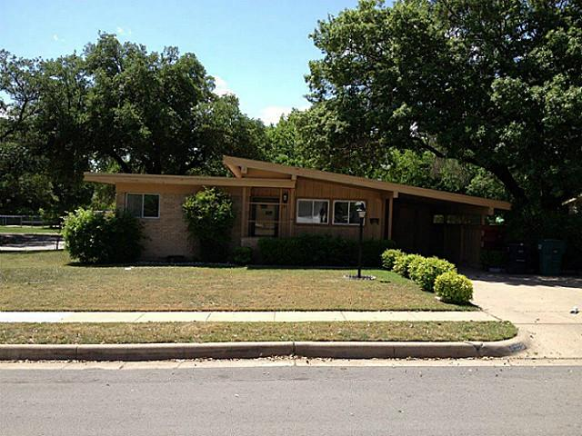 Rental Homes for Rent, ListingId:34505686, location: 8332 Carrick Street Ft Worth 76116