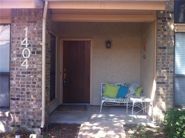 Rental Homes for Rent, ListingId:34573214, location: 17490 Meandering Way Dallas 75252