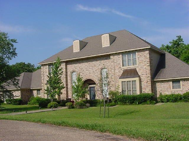 1400 Governors Dr, Corsicana, TX 75110