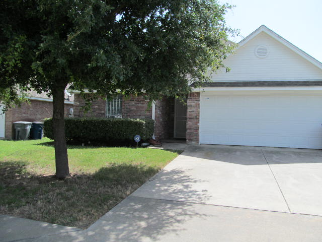 Rental Homes for Rent, ListingId:34505432, location: 3206 Guiding Light Dallas 75228