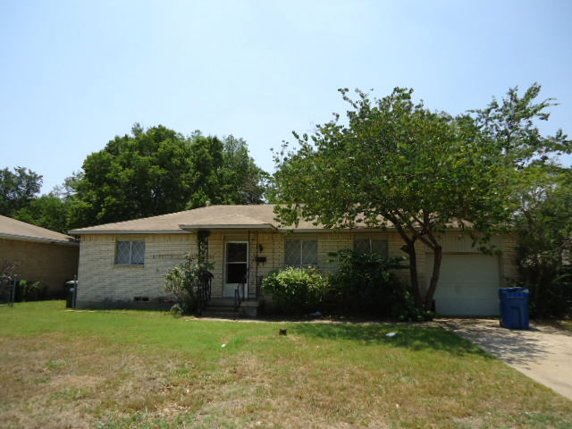 Rental Homes for Rent, ListingId:34517363, location: 812 Colgate Drive Lancaster 75134