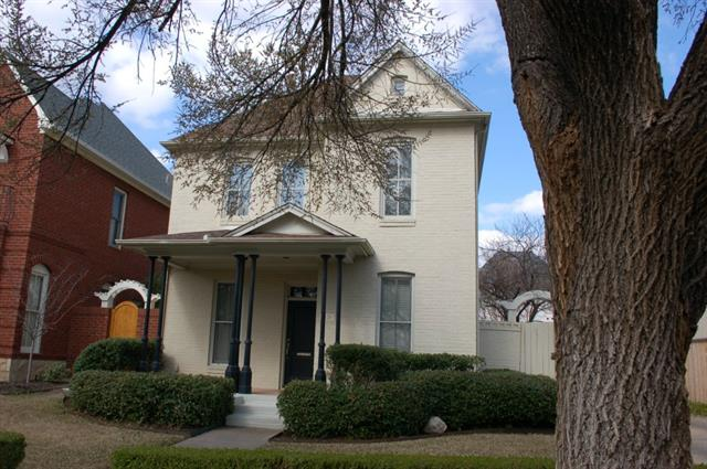 Rental Homes for Rent, ListingId:34516931, location: 5120 Byers Avenue Ft Worth 76107