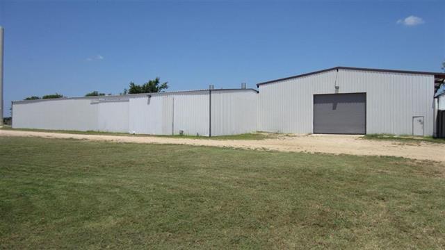 6228 Farm Road 38 N, Brookston, TX 75421