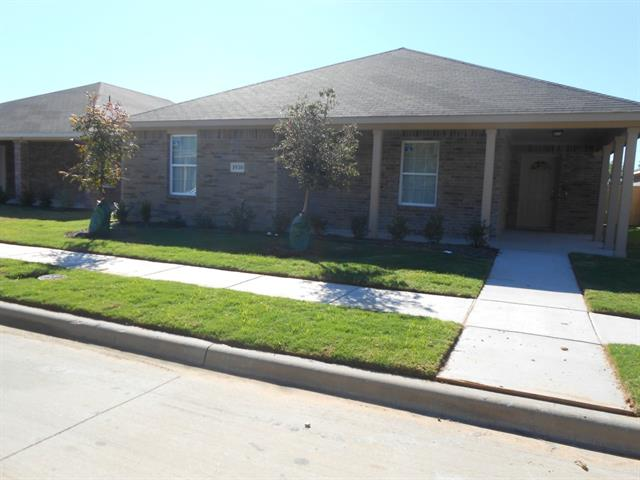 Rental Homes for Rent, ListingId:34526856, location: 1930 Cross Oaks Drive Lancaster 75146