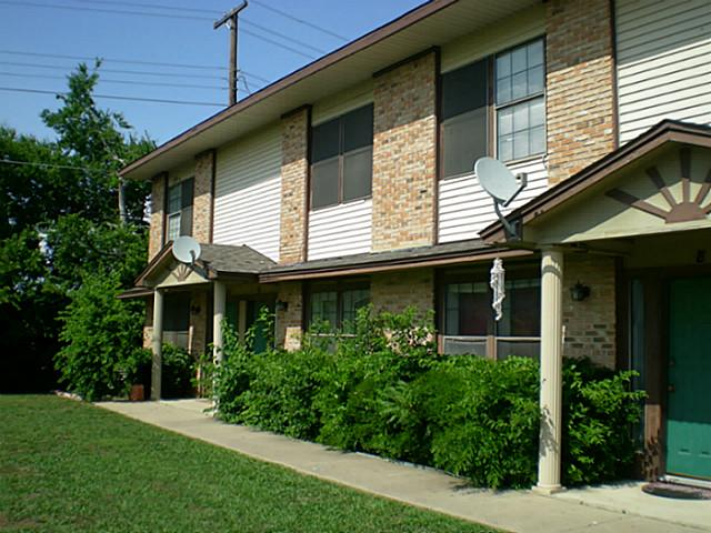 Rental Homes for Rent, ListingId:34557198, location: 1312 Cordell Street Denton 76201