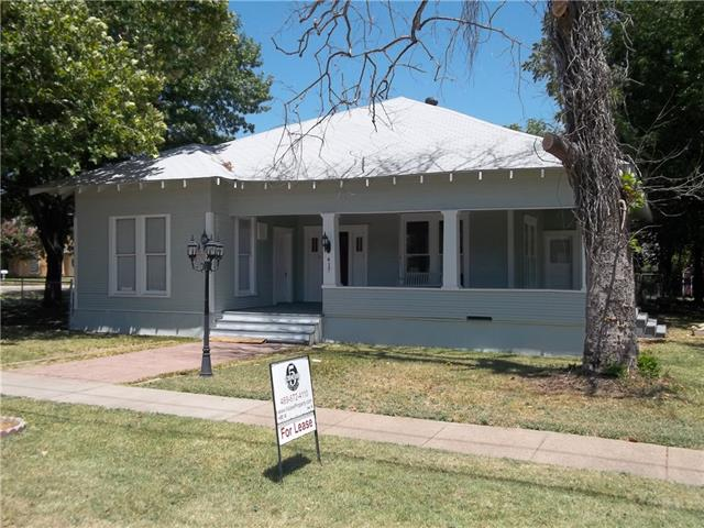 Rental Homes for Rent, ListingId:34578938, location: 417 W Avenue F Midlothian 76065