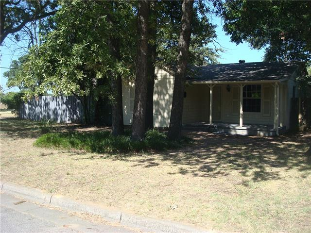 Rental Homes for Rent, ListingId:34592174, location: 2101 Westchester Drive Haltom City 76117