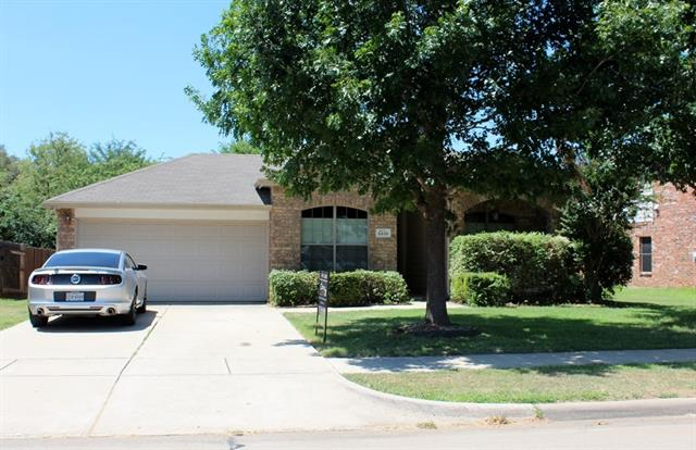 Rental Homes for Rent, ListingId:34592970, location: 5939 Waterford Drive Grand Prairie 75052