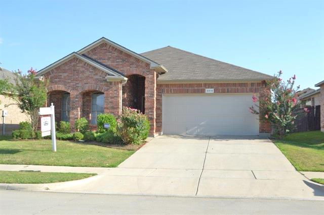 Rental Homes for Rent, ListingId:34635502, location: 3313 Stonecrop Trail Denton 76201