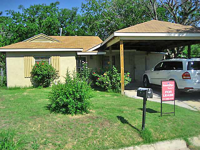 Rental Homes for Rent, ListingId:34593145, location: 620 S Redford Lane White Settlement 76108