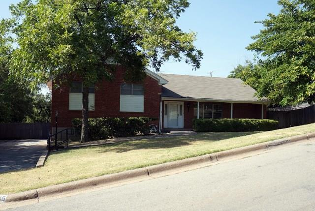 Rental Homes for Rent, ListingId:34646850, location: 5145 Southbrook Drive Ft Worth 76114