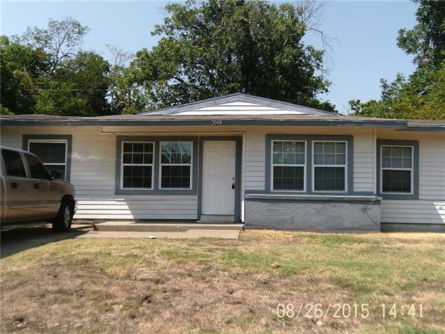 Rental Homes for Rent, ListingId:34609160, location: 2009 Sidney Street Arlington 76010