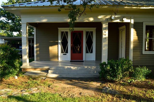 Photo of 1601 Avenue C  Brownwood  TX