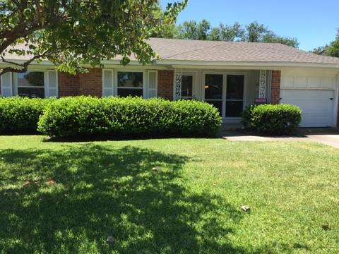 Rental Homes for Rent, ListingId:34627624, location: 11320 Lippitt Avenue Dallas 75218