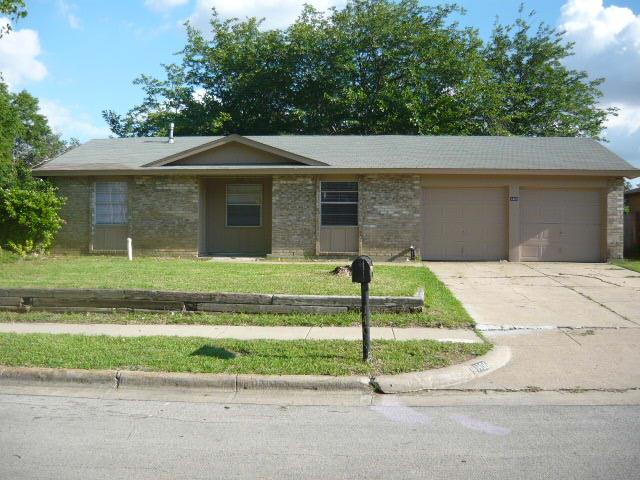 Rental Homes for Rent, ListingId:34635266, location: 1406 Harvest Hill Lane Arlington 76014