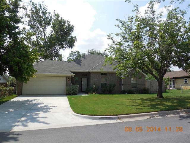 Rental Homes for Rent, ListingId:34716619, location: 104 NE Michael Drive NE Burleson 76028